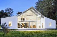 Gandita ca ferma, o casa din California impresioneaza prin designul contemporan