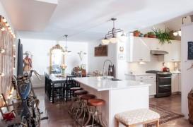 Insulele de bucatarie ca spatii pentru servit micul dejun si bauturile