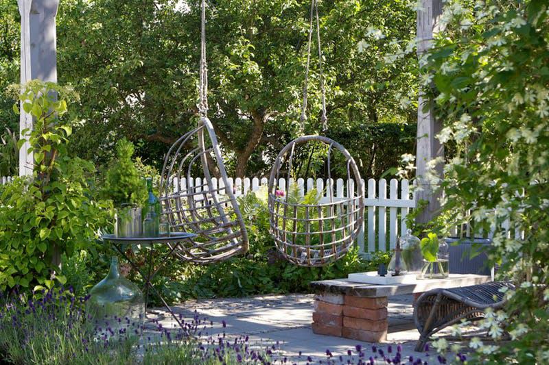 Idei pentru împrospătarea aspectului grădinii din spatele casei