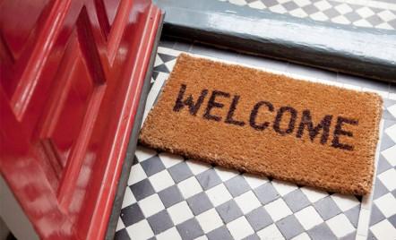 9 lucruri pe care să le verifici când te muți în casă nouă