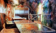 Un restaurant decorat cu mii de cabluri si fire acrilice Arhitectul Kengo Kuma a renovat de