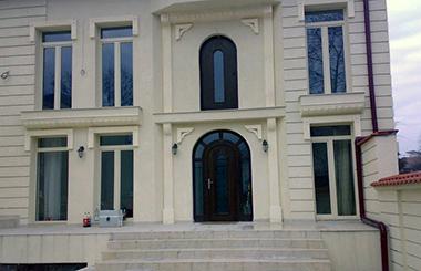 Usi de exterior - caracteristici de calitate doar in baza proiectarii de la KADRO