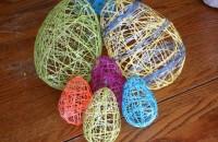 Decoraţiuni de Paşte - ouă din fire de mohair