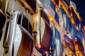 O idee nebunească devenită realitate: O parcare cu cinci fațade spectaculoase