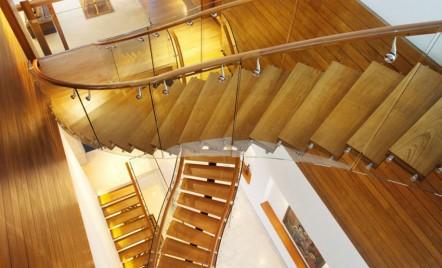 Câteva lucruri despre scări