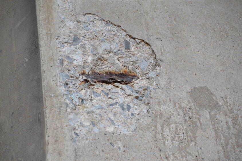 Tratarea sau înlocuirea betonului din jurul armăturii