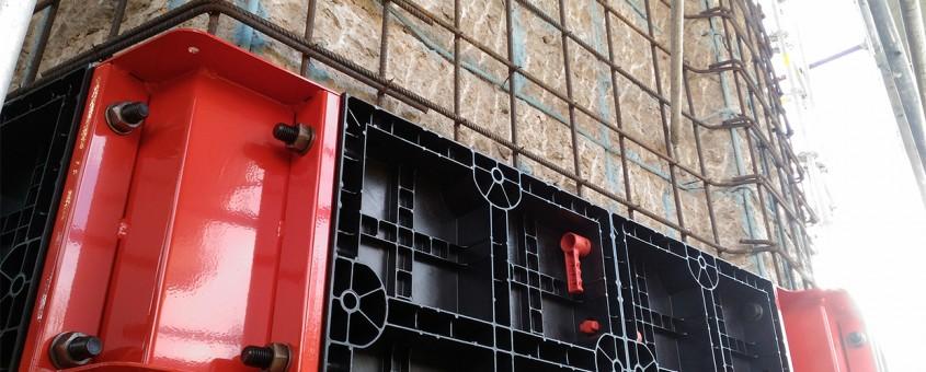 Utilizarea cofrajelor Geopanel pentru reabilitarea stâlpilor deteriorați