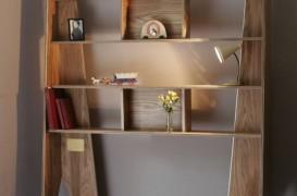 Biblioteca ce poate fi transformată în sicriu după moartea proprietarului