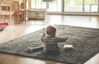 Beneficiile încălzirii și răcirii prin pardoseală sau prin tavan pentru copii