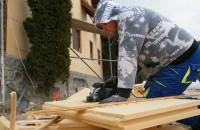 Materiale naturale pentru o casă sănătoasă Prezent pe piata din Romania de peste 10 ani,