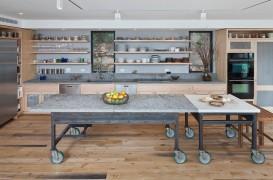 Idei de insule mobile în bucătărie pentru o amenajare eficientă şi modernă