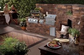 Grătarul pentru bucataria de vara - o experienţa la următorul nivel