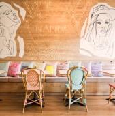 Poate ar trebui sa vizitati si cafeneaua REZLAMPAS din orasul Gheorgheni sa vedeti ceva deosebit si de buna calitate