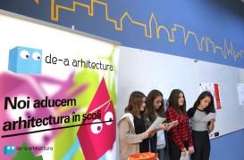 """In programul """"De-a arhitectura in scoala mea"""", elevii de la Liceul de Arte Plastice din Timisoara au renovat, ajutati de voluntari, clasa lor de vis"""
