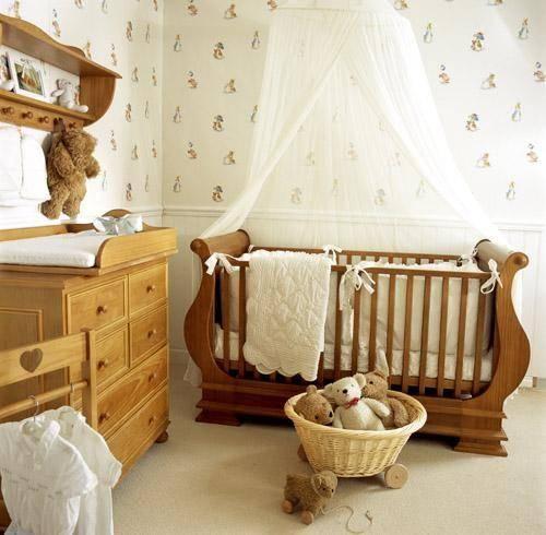 Sfaturi pentru amenajarea camerei bebelusului