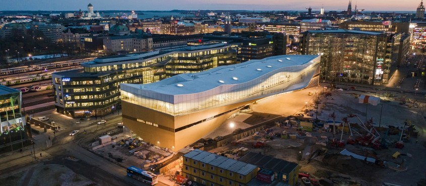 Oodi - Finlanda sărbătorește centenarul cu o bibliotecă ultramodernă