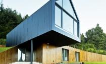 O casa construita sub un teren sacru din Patagonia