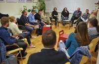 Dezbateri și consultări ale comunității pe teme de calitate a vieții și intervenții inteligente în spațiul