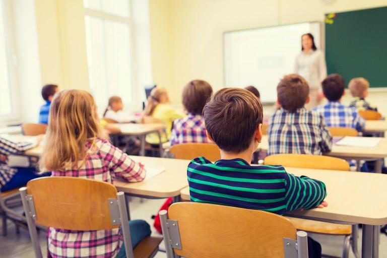 Calitatea precară a aerului din școli afectează sănătatea copiilor. Cum rezolvam problema ventilației?