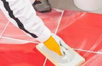 Firmă de curățenie, soluția perfectă de a face cu ușurință ordine după constructor Renovarea locuintei, a sediului firmei sau amenajarea unui nou spatiu de lucru presupune mult moloz, multe resturi de  materiale, praf si multa, multa munca.