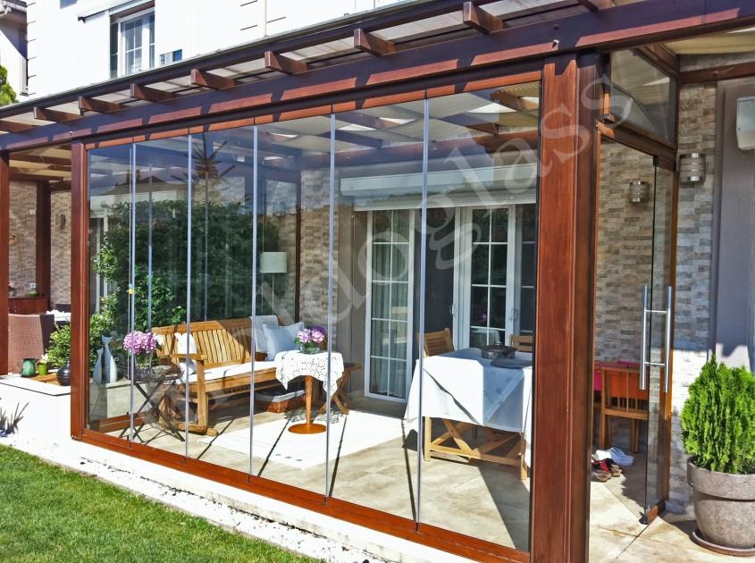 Sisteme din sticlă pentru închiderea teraselor