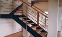 Scari interioare - Model Athen pe structura cu vanguri metalice Scarile cu vanguri laterale metalice pot