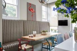 Păsările flamingo - accesoriile ideale pentru decor