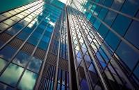 Cum ne poate provoca uitatul la clădiri dureri de cap