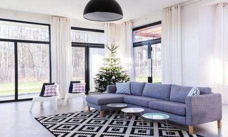 Cum să înfrumusețezi zona ferestrelor din casă