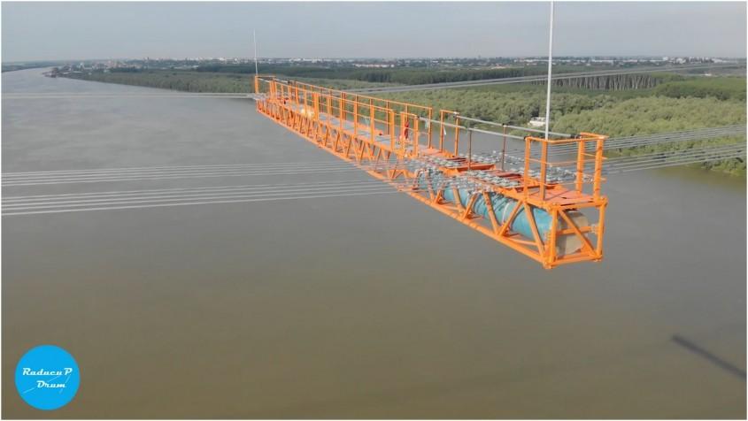 32 de rezervoare 1st Criber vor echilibra podul suspendat de la Brăila