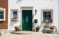 Usa de intrare din PVC, cartea de vizita a unei case moderne si elegante