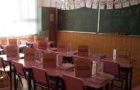 VELUX România donează rechizite pentru elevii clasei I dintr-o școală din Călărași