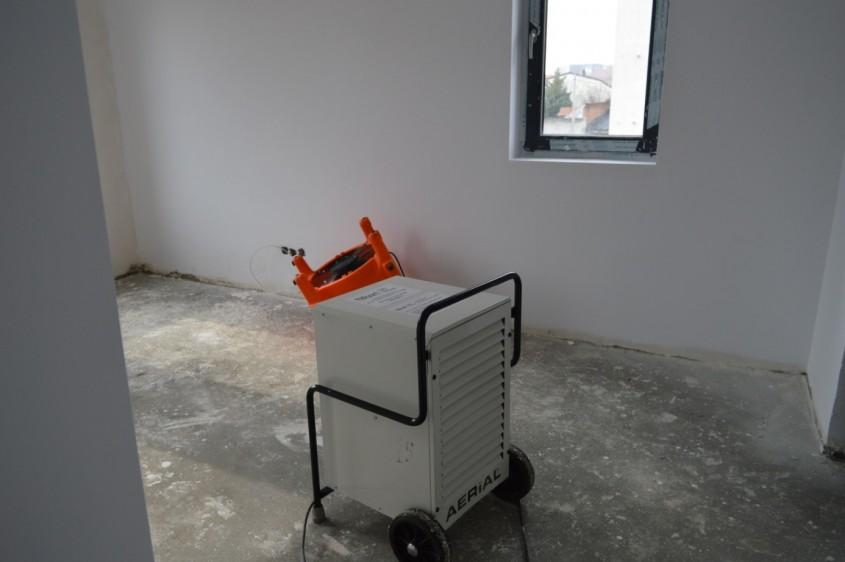 Cum au fost eliminate și uscate infiltrațiile din terasa unei clădiri din București