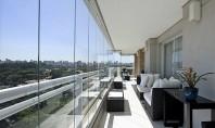 Închidere balcon sau terasă cu geamuri glisante Sistemele din sticlă pentru închiderea teraselor permit utilizarea spațiului