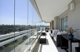 Închidere balcon sau terasă cu geamuri glisante