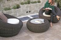 Jardiniere inedite care adaugă stil spațiului exterior