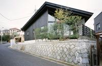 O casa functionala rezultatul unui teren cu constrangeri