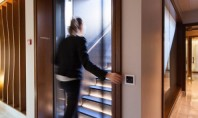 """Access sigur și curat cu senzorii """"fără atingere"""" pentru uși"""