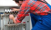 Cum putem conecta distribuitoarele de incalzire in pardoseala la centrala termica sau pompa de caldura? Incalzirea