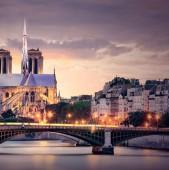 Catedrala fără cruce !