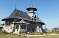 Manastirea Alexandru Vlahuta a contractat cu numarul 1 in Europa pentru sisteme complete de invelitoare cu