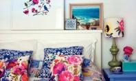 Modele florale pentru decorarea zonei dormitorului Iata cinci moduri prin care modelele florale pot sa va