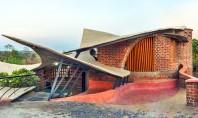 Volumetrie organica realizata integral din caramida plina Biroul de proiectare iStudio Architecture a finalizat lucrarile la