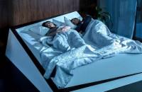 Fiecare pe banda lui... de saltea. Ford reinventează patul Mai exact, patul este prevazut cu senzori de presiune pe baza carora, atunci cand un ocupant al patului a depasit jumatatea lui de salteaua, aceasta se misca in