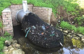 Metoda ingenioasă prin care un orășel din Australia protejează apele de poluarea cu plastic