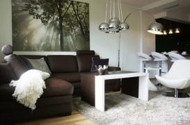 Un mic apartament, in culori clasice, dar cu stil contemporan