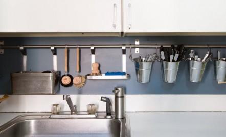 Cinci soluții eficiente pentru mini-bucătării