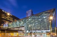 Acoperis gigant realizat din romburi de sticla pentru gara din Haga Biroul Bnethem Crouwel Architects a propus o solutie de acoperire a garii centrale din Haga cu un sistem de forme romboidale realizate din sticla, ce permit iluminarea naturala a interiorului.