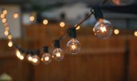 Cum să îți transformi curtea cu ajutorul luminilor Cine a spus ca daca vara a trecut