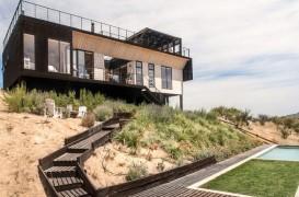 Casa Folding House le permite proprietarilor un control optim al temperaturii de la interior